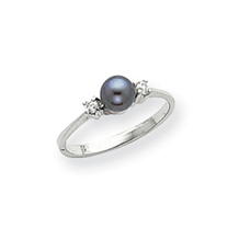 14k White Gold 5mm Black Pearl Diamond Ring