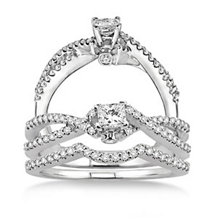 Exquisite 5/8 Carat Diamond Wedding Set