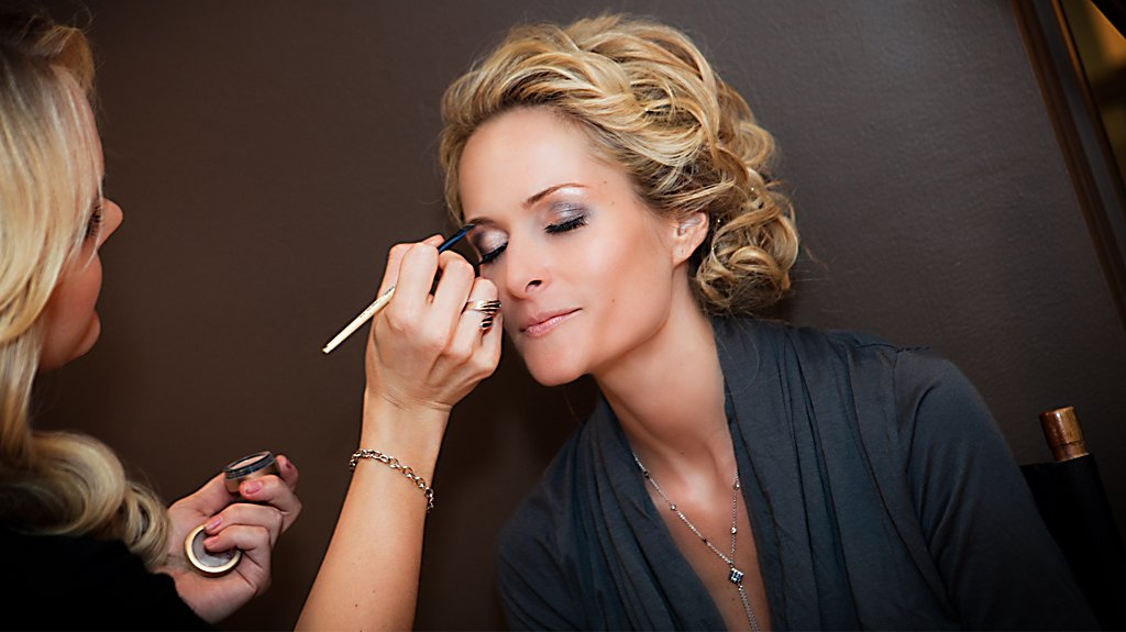 Makeup Services at Salon at Sports Core