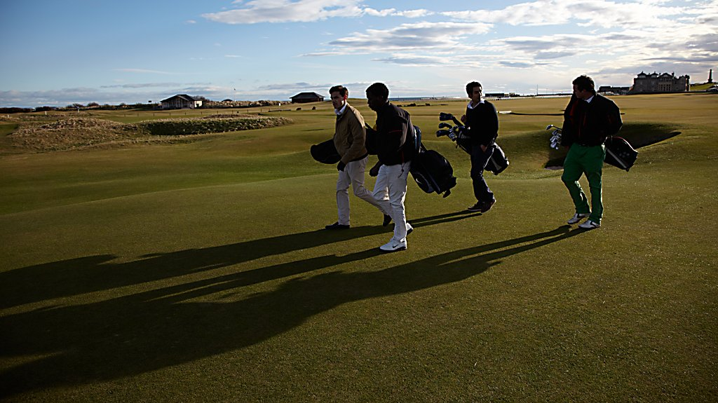 Golfers at Old Course