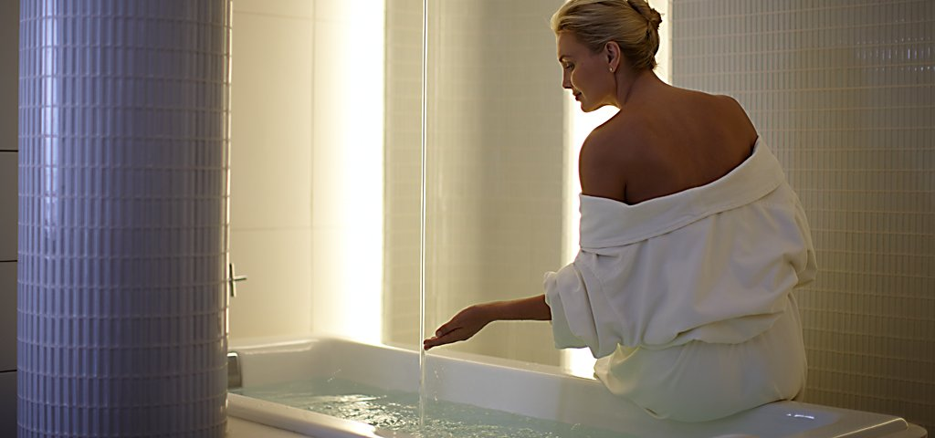 Kohler Waters Spa Harmony Bath