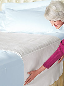 Mattress Pad with Tuck Tails