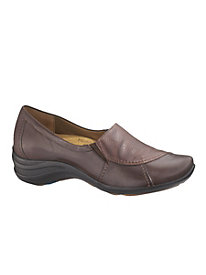 Verse by Hush Puppies�> <meta name=