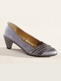 Danette pump by Soft Style® A Hush Puppies