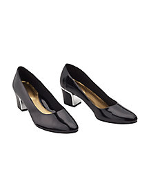 Deanna Pumps by Soft Styles
