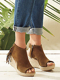 Minnetonka Blaire Wedge