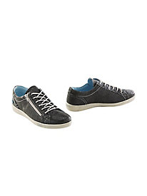SoSoft leather sneaker