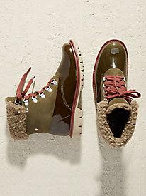 CAT Hub Hiker Boots @...