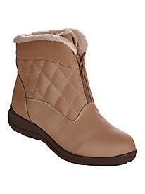 Zip-Front Quilted Weather Boots by Valley Lane�