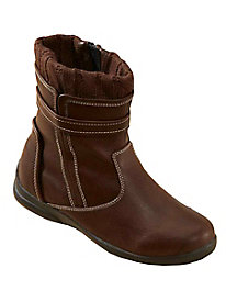 totes� Sweater Collar Boots