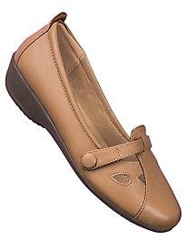 Beacon� Leather T-Straps