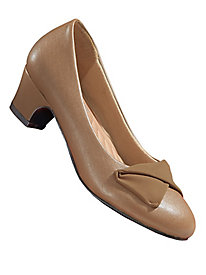 Comfort Well� By Beacon� Bow Pumps