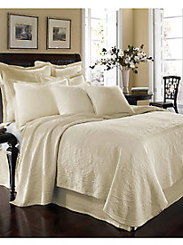 King Charles Bedspread & Coverlet Collection
