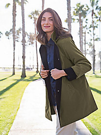 Women's Water-Shedding Raincoat