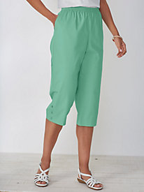 Stretch-Twill Capris by Alfred Dunner