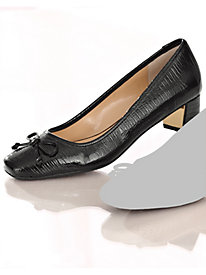 Pelisse Pumps By J. Rene�