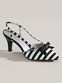 Gwenifer Style Striped Pumps by Andiamo�