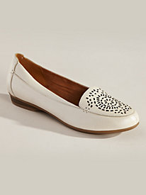 Sincere Style Slip-Ons by Naturalizer�