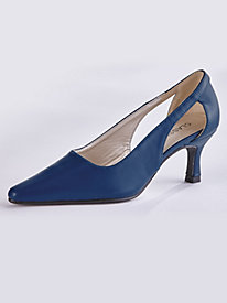 Valentina Style Pumps By Classique® by Old Pueblo Traders