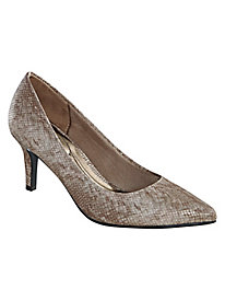 Seryn Style Classic Pumps by Life Stride®