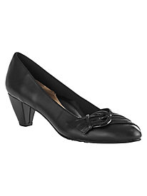 Deslyn Pumps By Soft Style®
