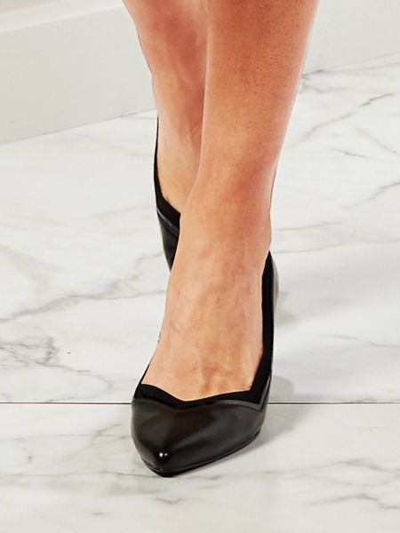 f8cb81b8877 Kim Pumps by Easy Street®