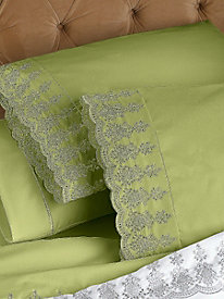 Private Essential 412 Thread Count Wrinkle Free Lace Trim Pillowcases (Set of 2)