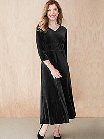 Stretch Velvet 3/4-Sleeve Pullover Dress