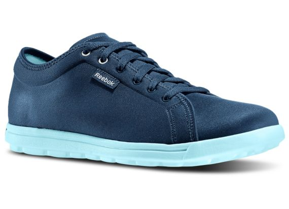 Women's Skyscape Runaround Shoes M42838