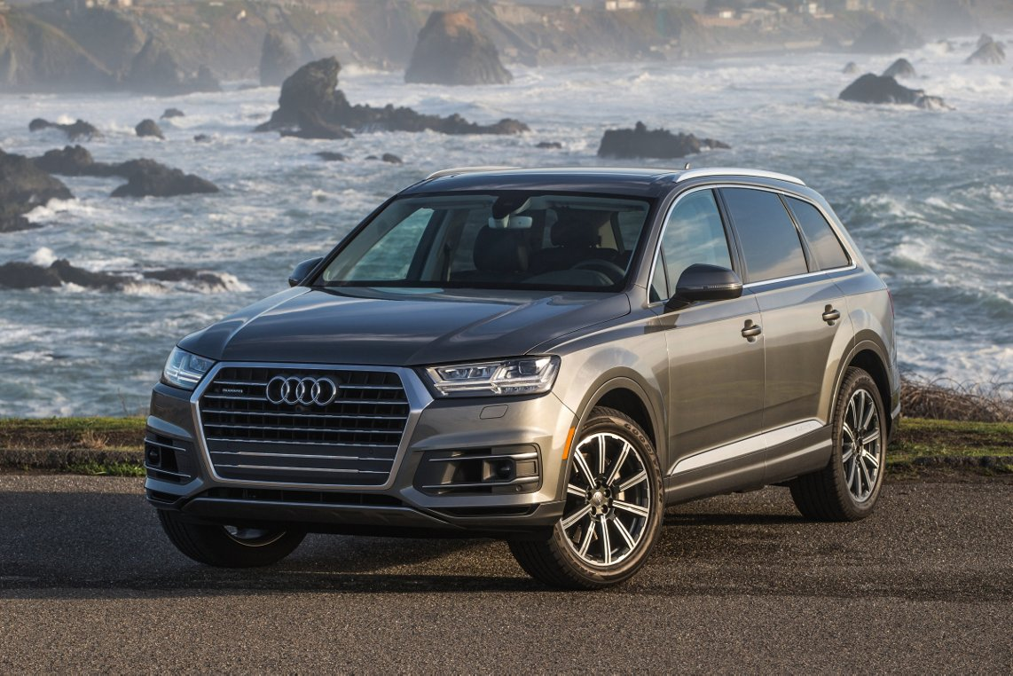 New 2017 Audi Q7 For Sale Near Bloomington Il Springfield Il Lease Or Buy A New 2017 Audi Q7