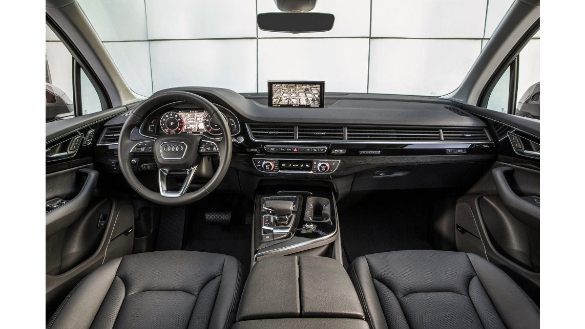 new 2017 audi q7 for sale near bloomington il springfield il lease or buy a new 2017 audi q7. Black Bedroom Furniture Sets. Home Design Ideas