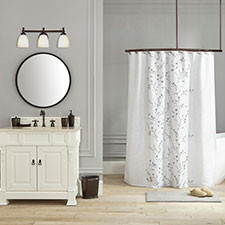 Traditional Bathroom Styles