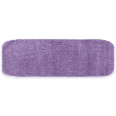 Traditional Plush Bath Rug In Purple