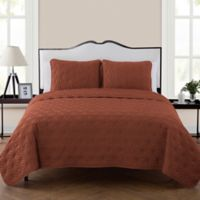 VCNY Kaleidoscope Reversible Queen Quilt Set in Burnt Orange