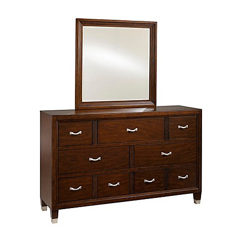 Broyhill™ Eastlake 2 Wood Furniture Collection