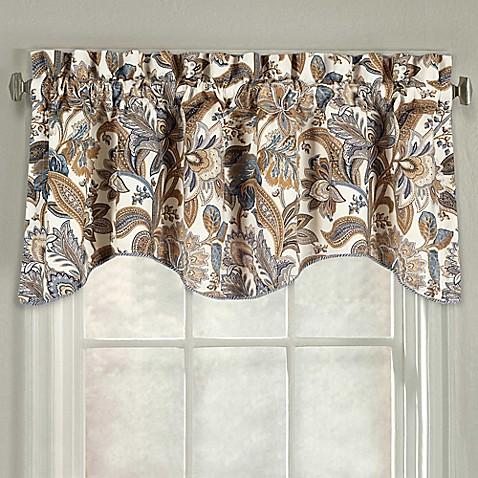 J Queen New York Valdosta Scallop Window Valance Bed