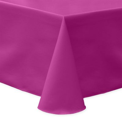 Lovely 60 Inch X 90 Inch Square Indoor/Outdoor Twill Tablecloth In Raspberry