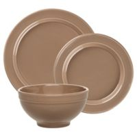 Emile Henry 3-Piece Place Setting in Oak