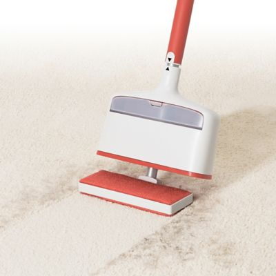 Oxo Good Grips 174 Furlifter Carpet Rake In White Red Bed