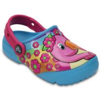 Crocs™ Size 4 Flamingo Kids' Clog in Blue