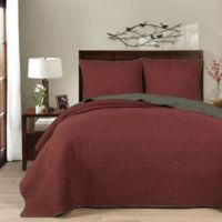 Brielle Casablanca Reversible King Quilt Set in Russet Red/Gunmetal