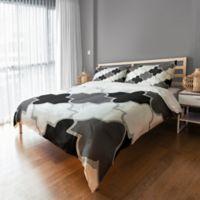Monochromatic Quatrefoil Queen Duvet Cover in Grey/Black