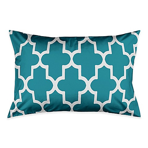 image of Bold Quatrefoil Pillow Sham in Teal/White