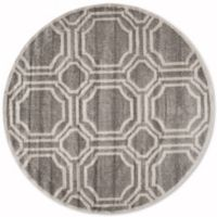 Safavieh Amherst Abigail 5-Foot Round Indoor/Outdoor Area Rug in Grey/Light Grey