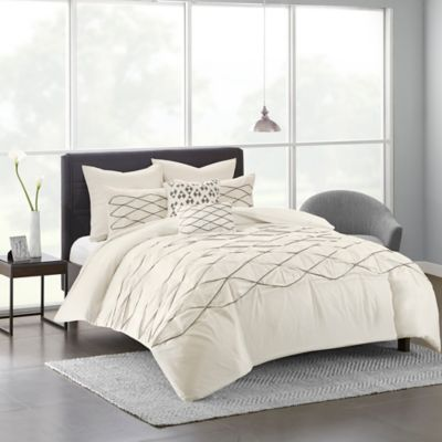 urban habitat sunita fullqueen duvet cover set in white