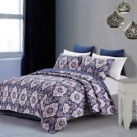 Leandra Full/Queen Quilt Set in Blue/Rose