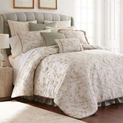 Austin Horn Classics Lexington King Comforter Set In Natural/Aqua