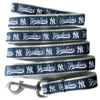 MLB New York Yankees Large Pet Leash