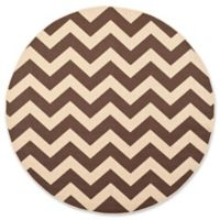 Safavieh Courtyard Chevron 6-Foot 7-Inch Round Indoor/Outdoor Area Rug in Dark Brown
