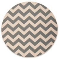 Safavieh Courtyard Chevron 7-Foot 10-Inch Round Indoor/Outdoor Area Rug in Grey